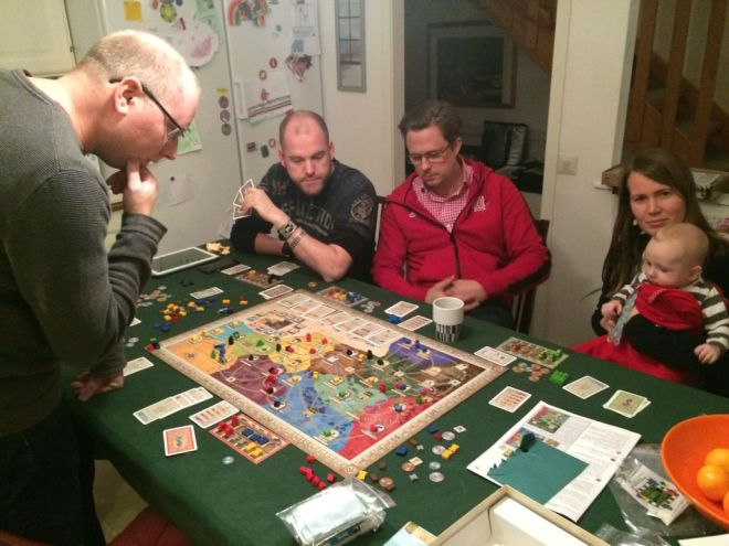 Setting up a trading family inside the Roman Empire in the game Concordia